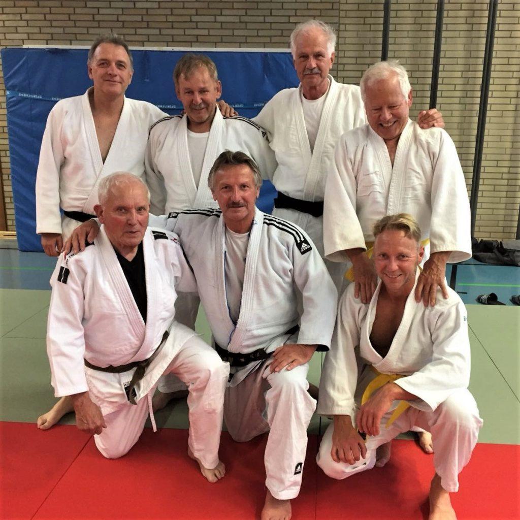 'Best Ager' beim Erwachsenentraining des Judo Club Lauf e.V.